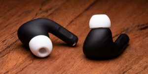 AirPods Pro pintados pela ColorWare