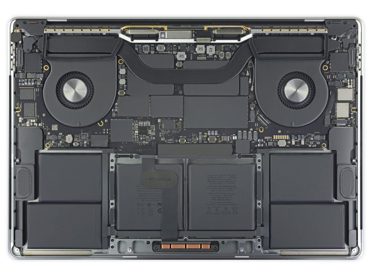 """Desmontagem do MacBook Pro de 16"""" feita pela iFixit"""
