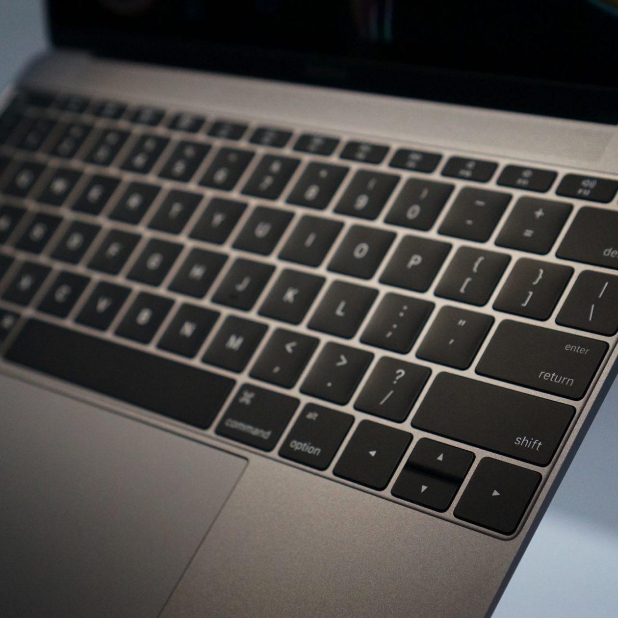 Teclado borboleta do MacBook