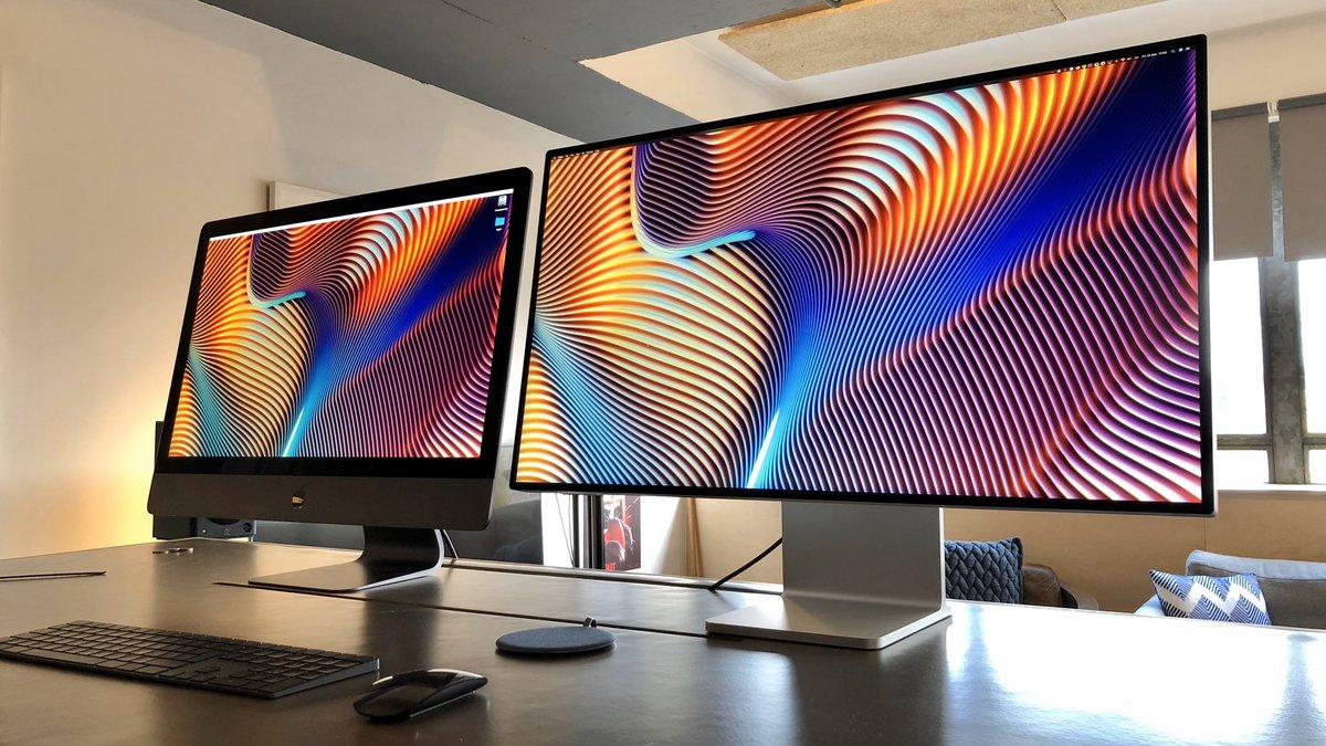 iMac Pro conectado ao Pro Display XDR