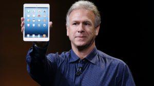 Phil Schiller com iPad