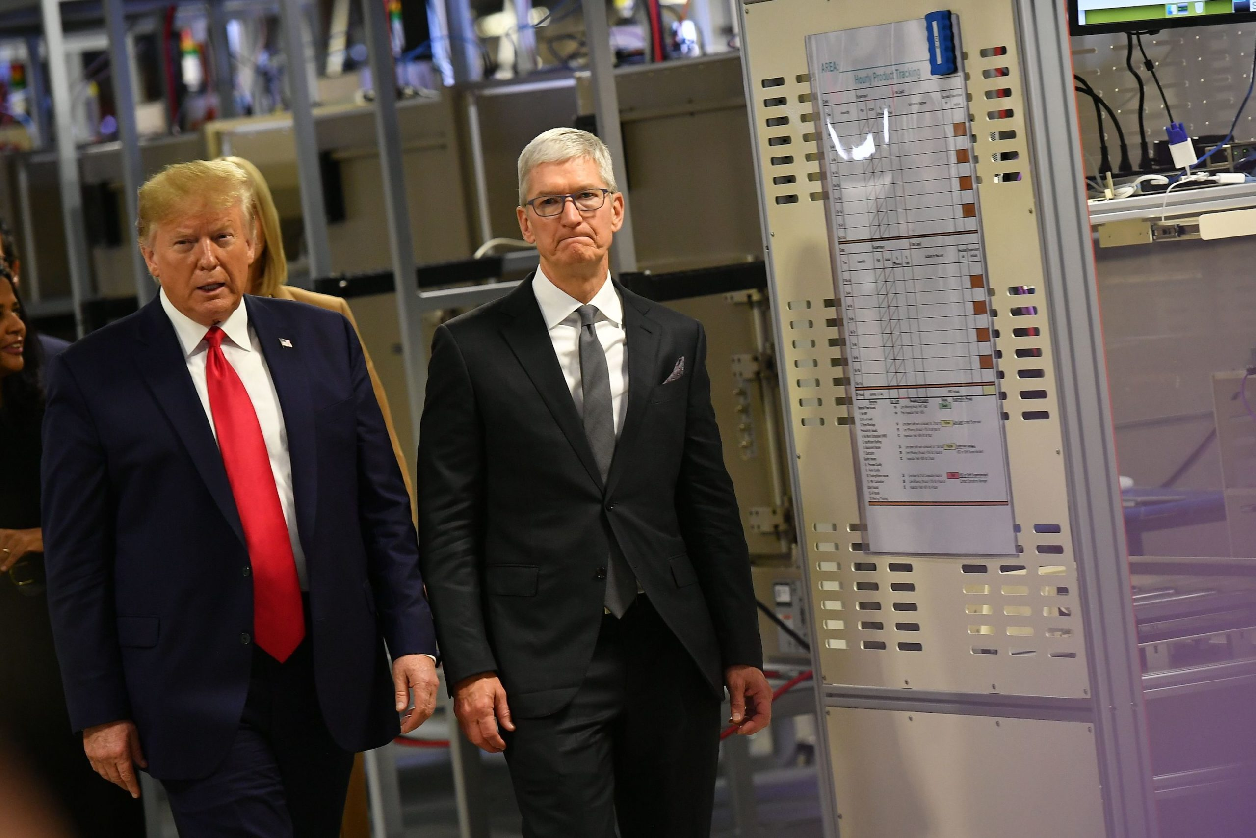 Donald Trump e Tim Cook