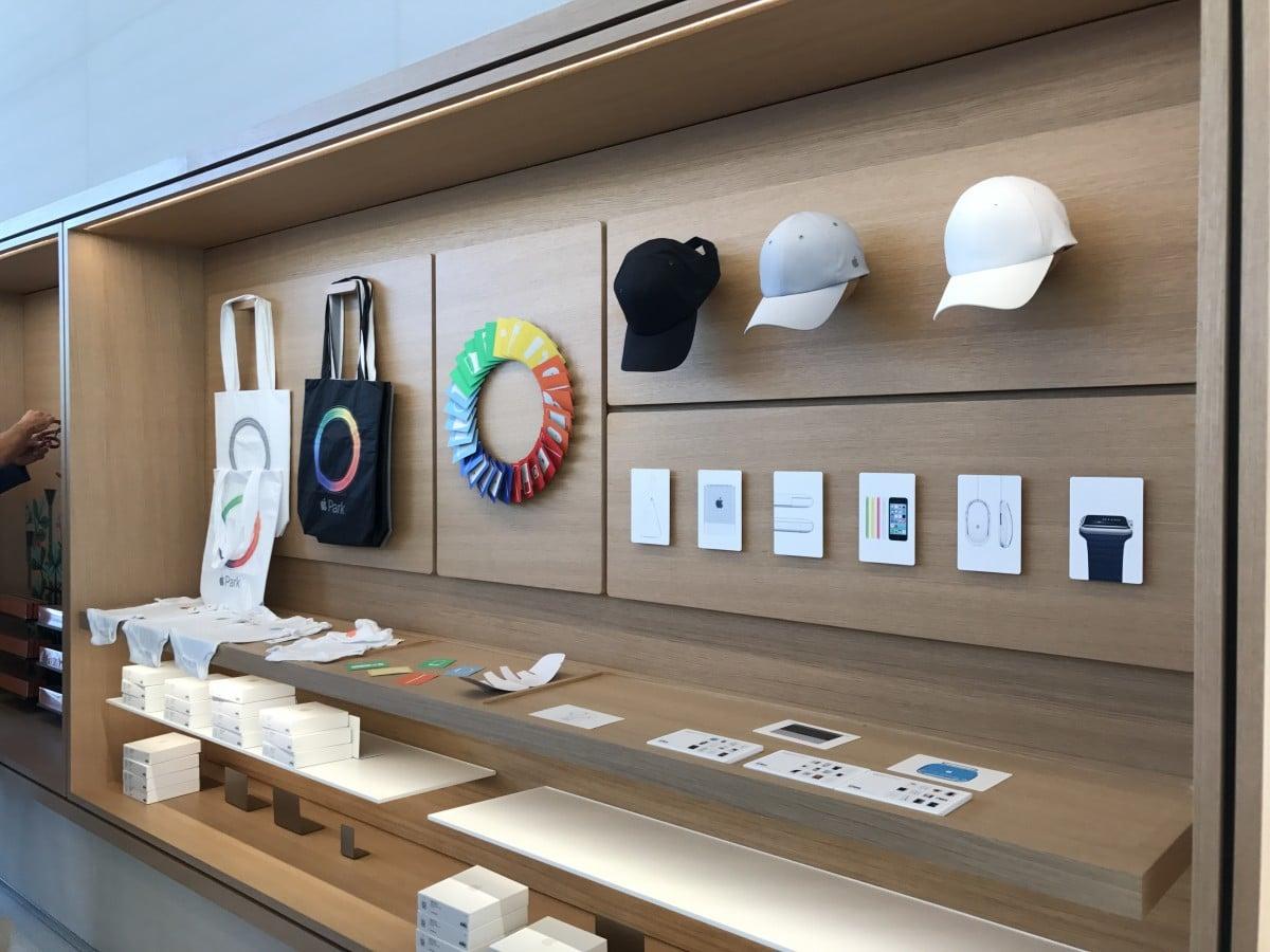 Itens à venda no Apple Park