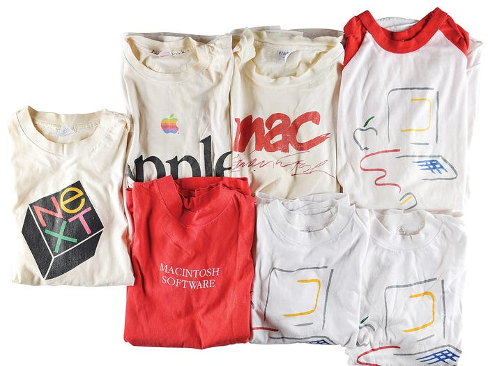 Camisetas da Apple da década de 1990.