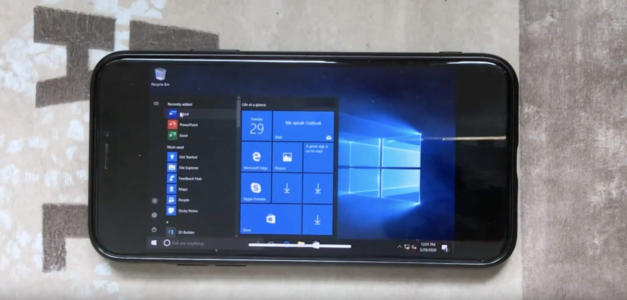 Windows 10 rodando no iPhone X