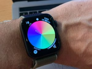 Mostrador colorido do Apple Watch