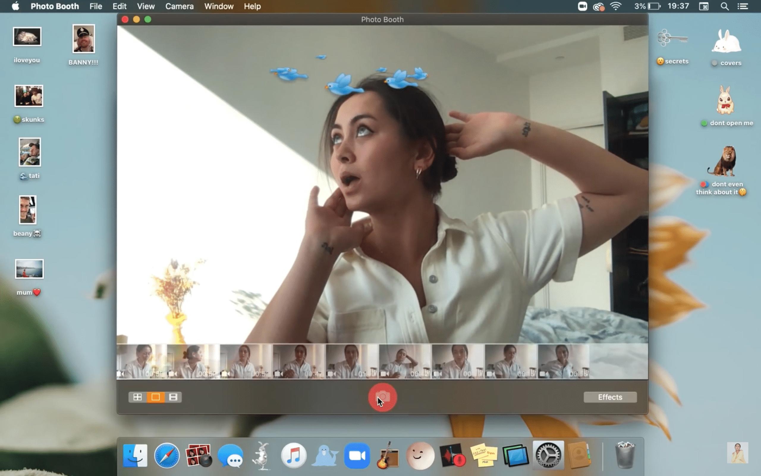 """""""Funny"""", clipe filmado na tela de um Mac"""