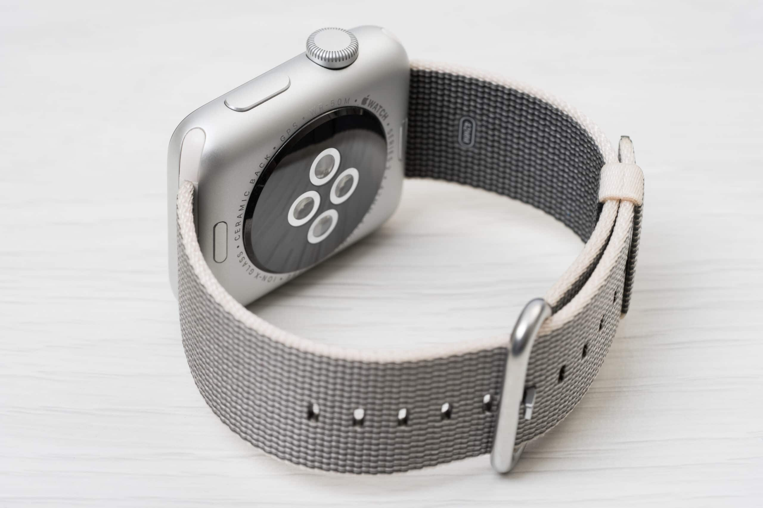 Sensores traseiros do Apple Watch