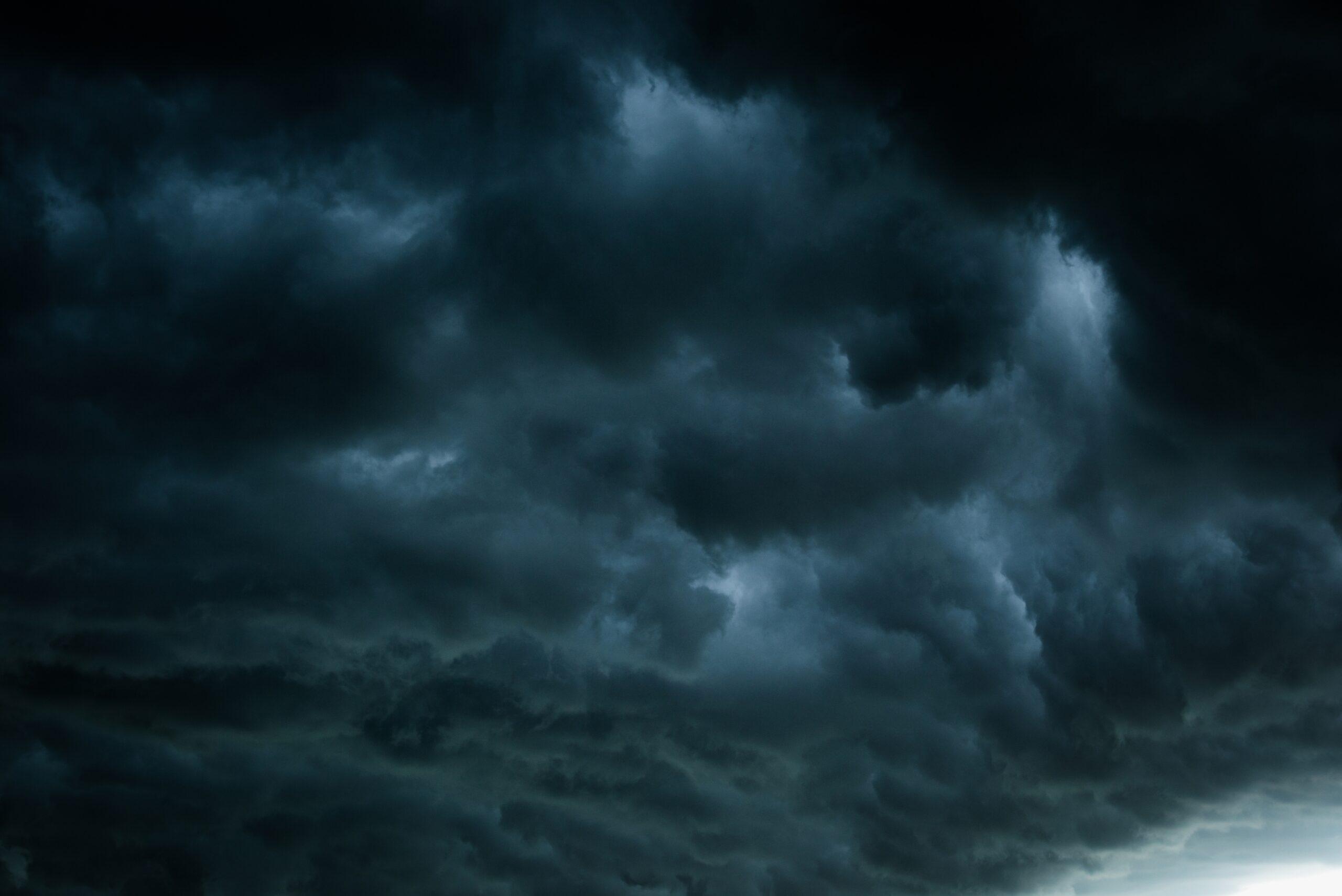 Céu escuro