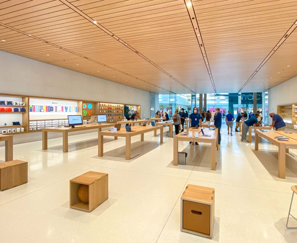 Interior da Apple Cherry Hill