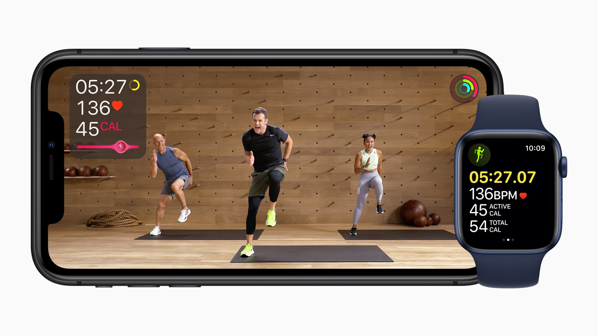 Apple Fitness+ em iPhone 11 e Apple Watch Series 6