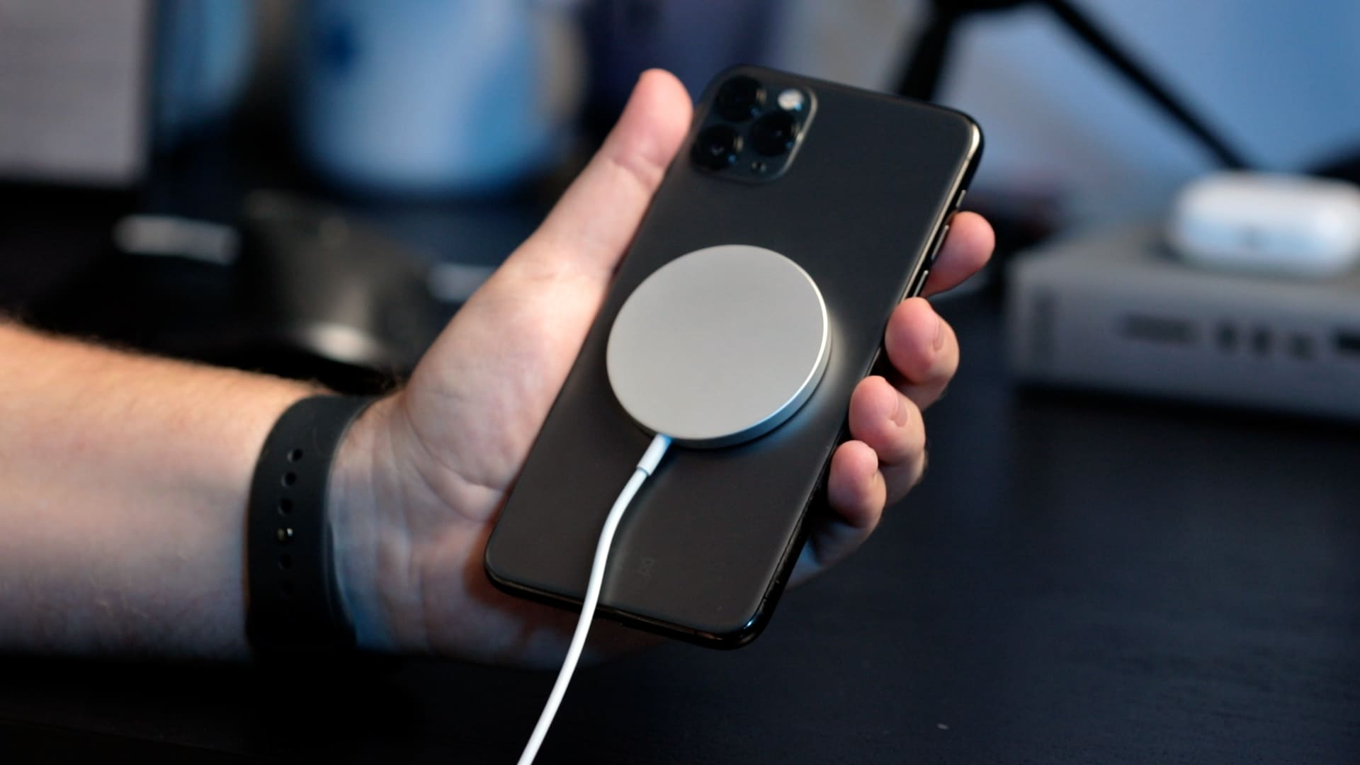 Carregador MagSafe em iPhone