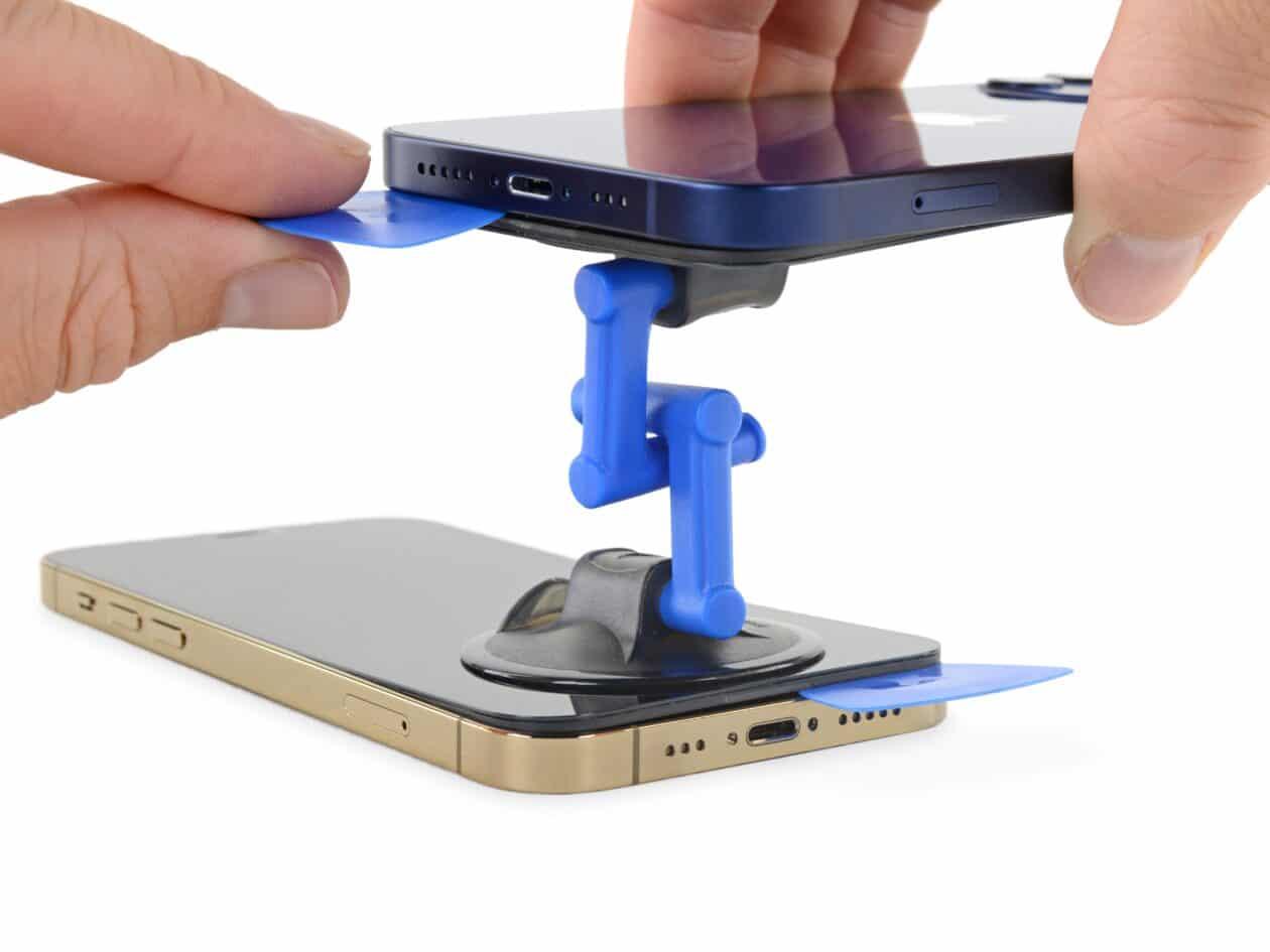 iFixit desmontando os iPhones 12 e 12 Pro