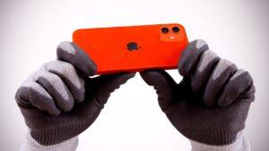 Teste de resistência com os iPhones 12