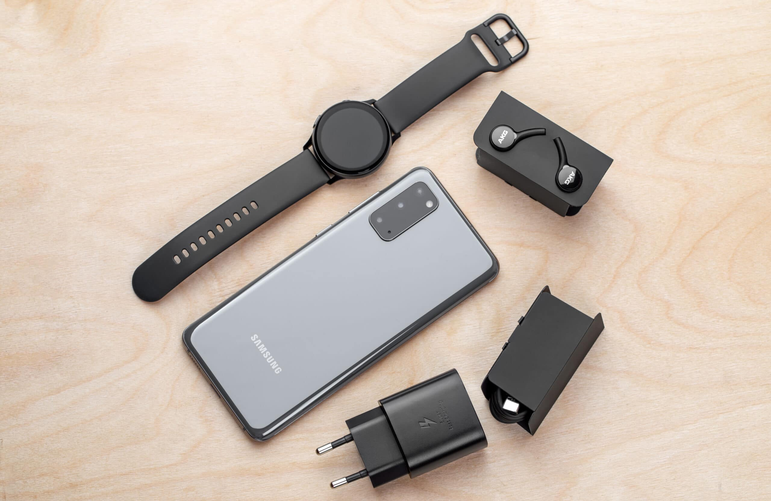 Kit de acessórios do Samsung Galaxy S20