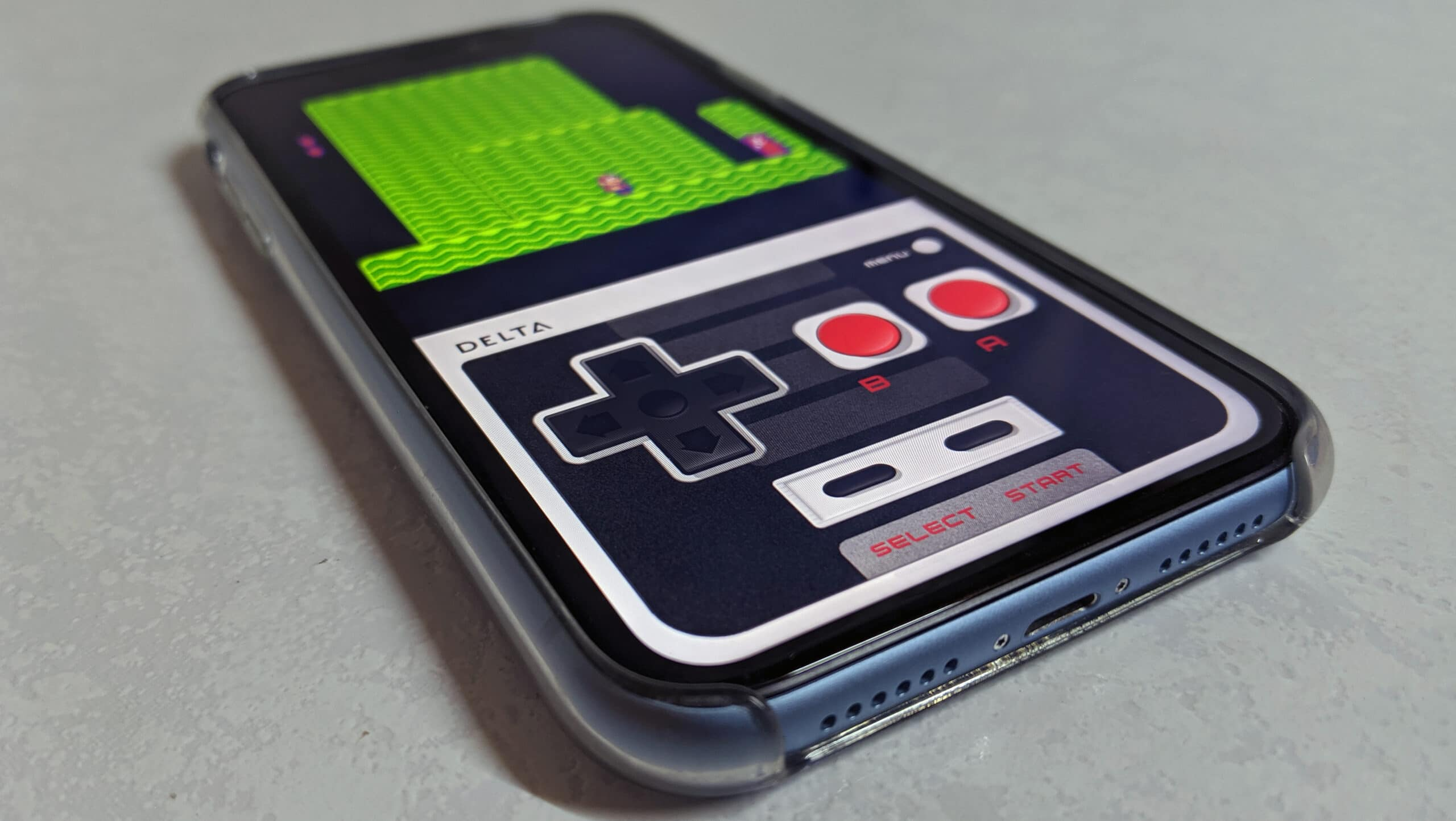 Jogo emulado no iPhone