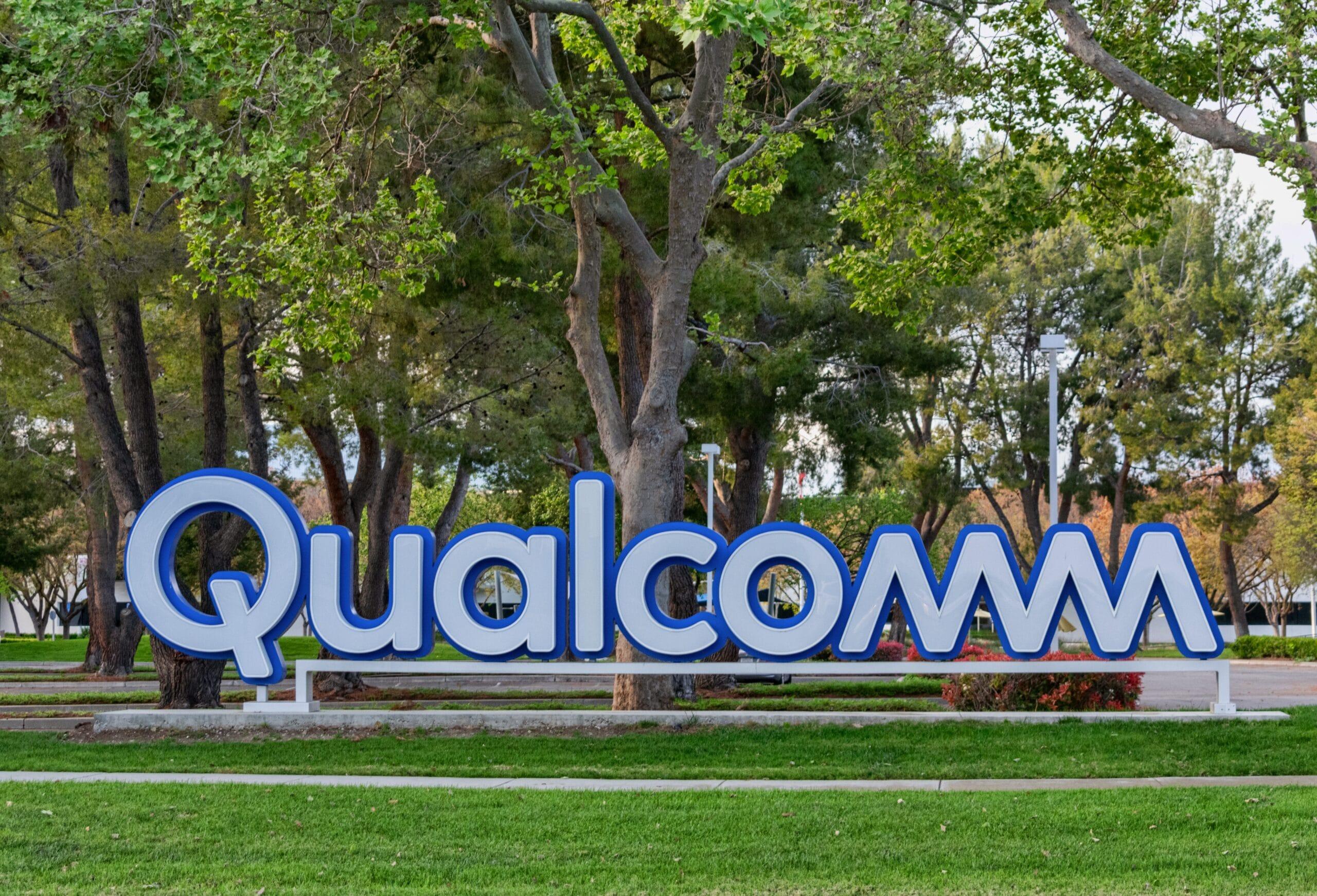 Logo da Qualcomm em centro de San Diego