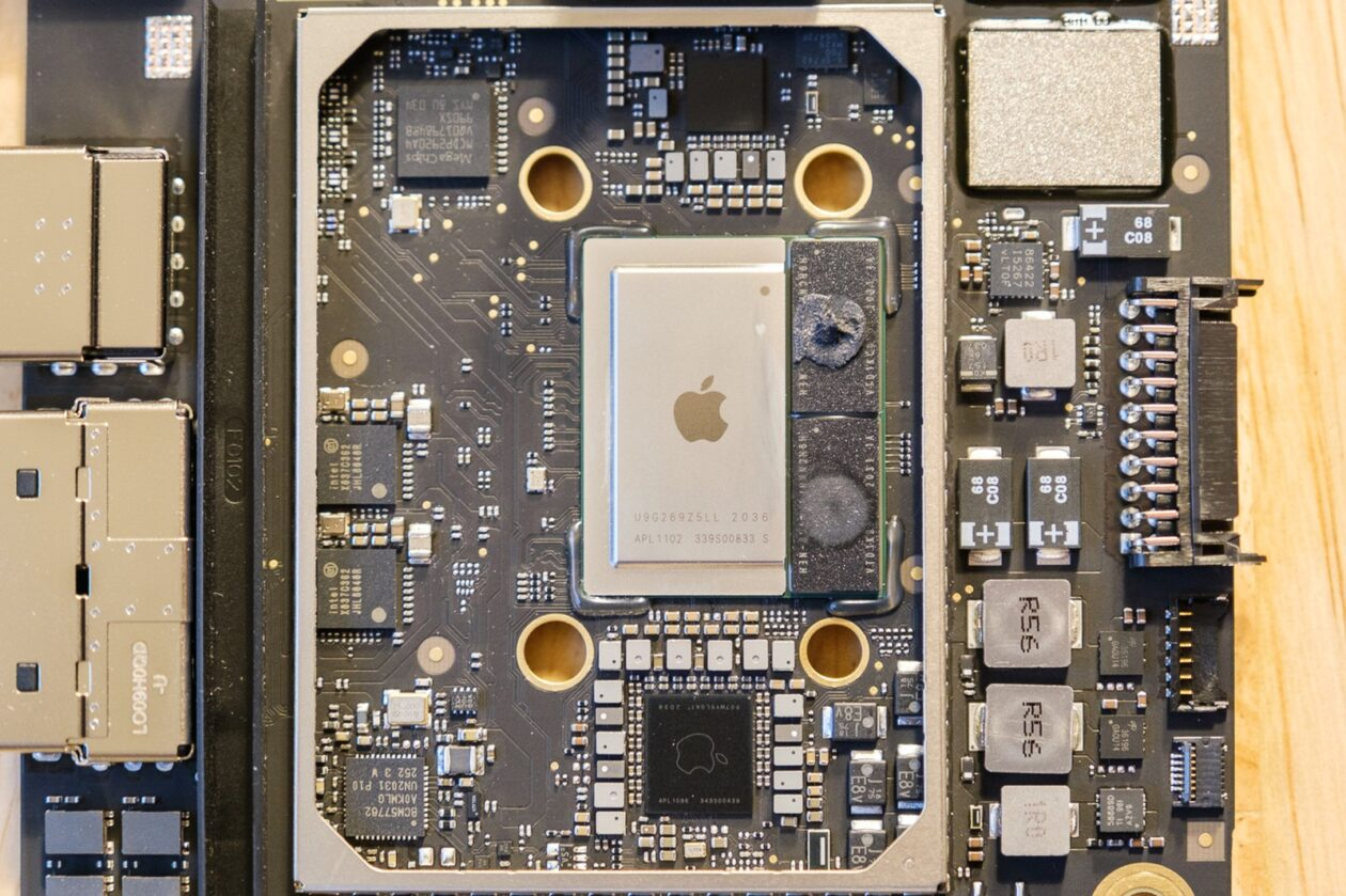 Teardown do Mac Mini com chip M1