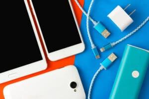 Carregadores e cabos de celular