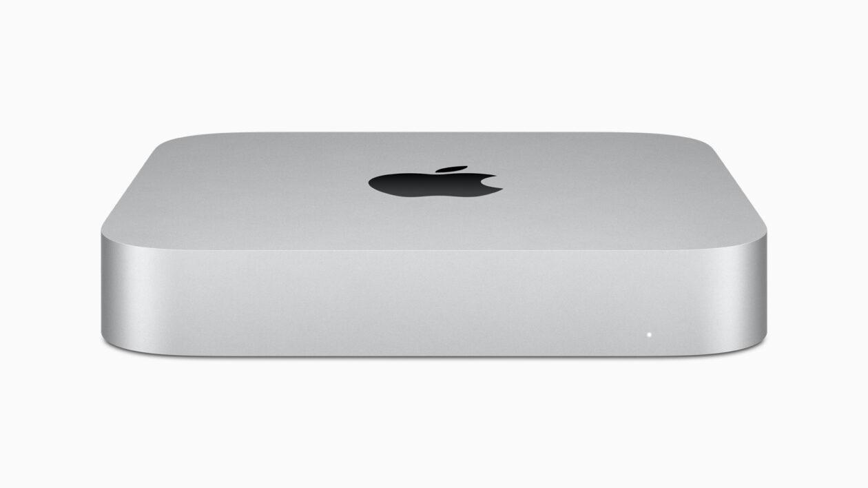 Novo Mac mini com chip Apple M1 na cor prateada de frente