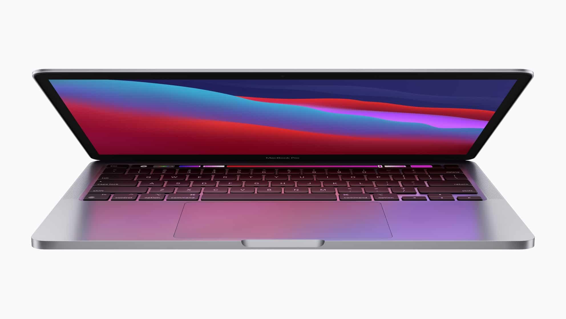 Novo MacBook Pro de 13 polegadas com chip Apple M1 de frente com a tampa abrindo