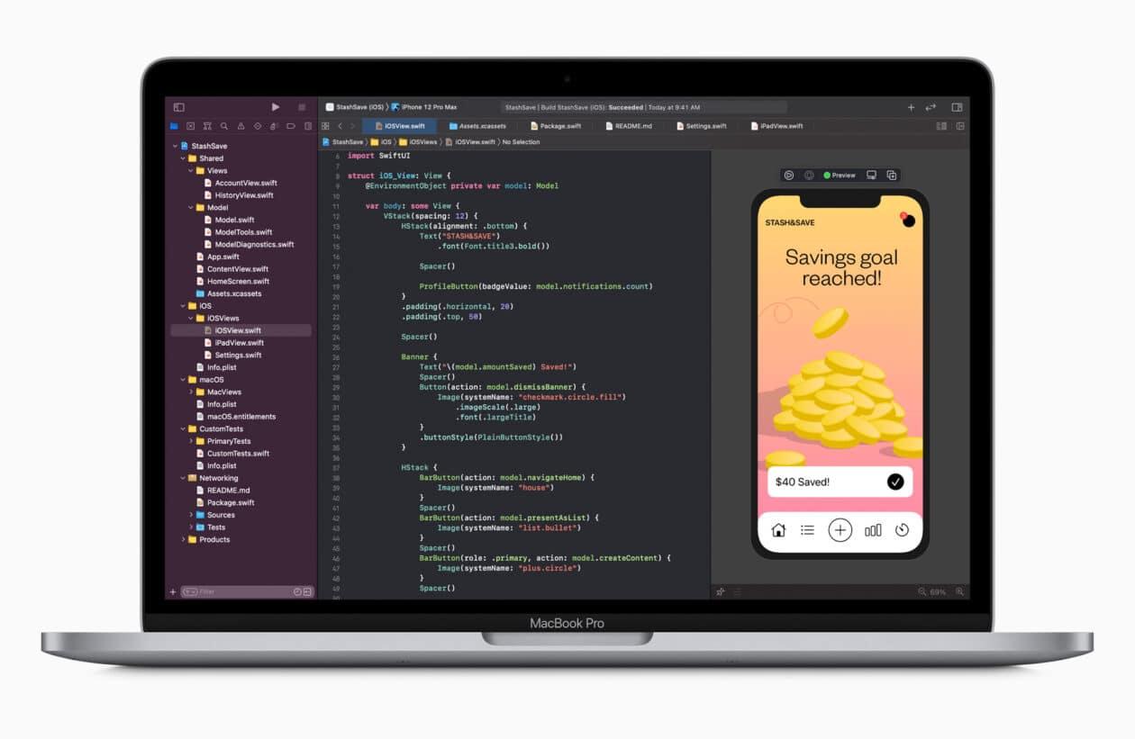 MacBook Pro com Xcode na tela
