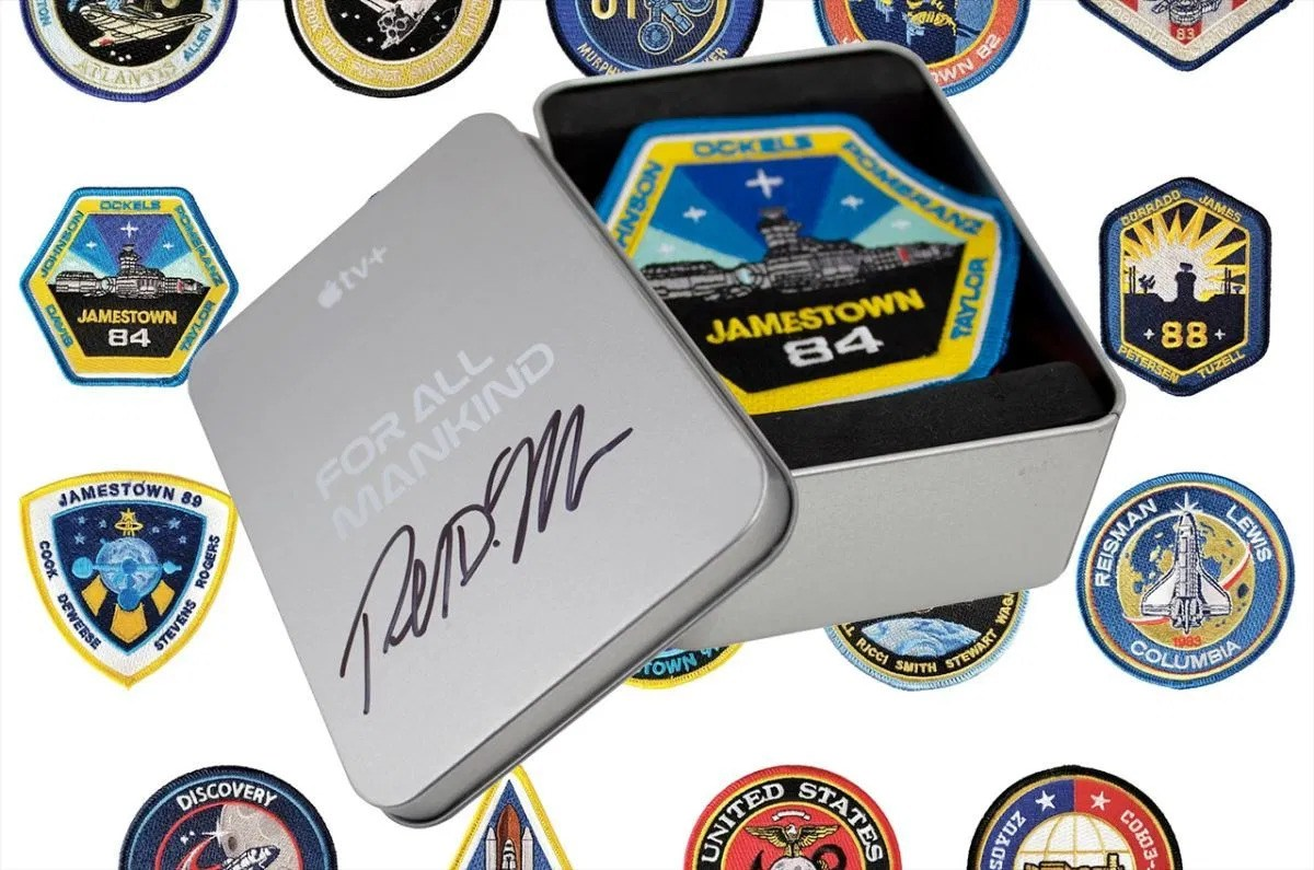 """Patches de """"For All Mankind"""""""