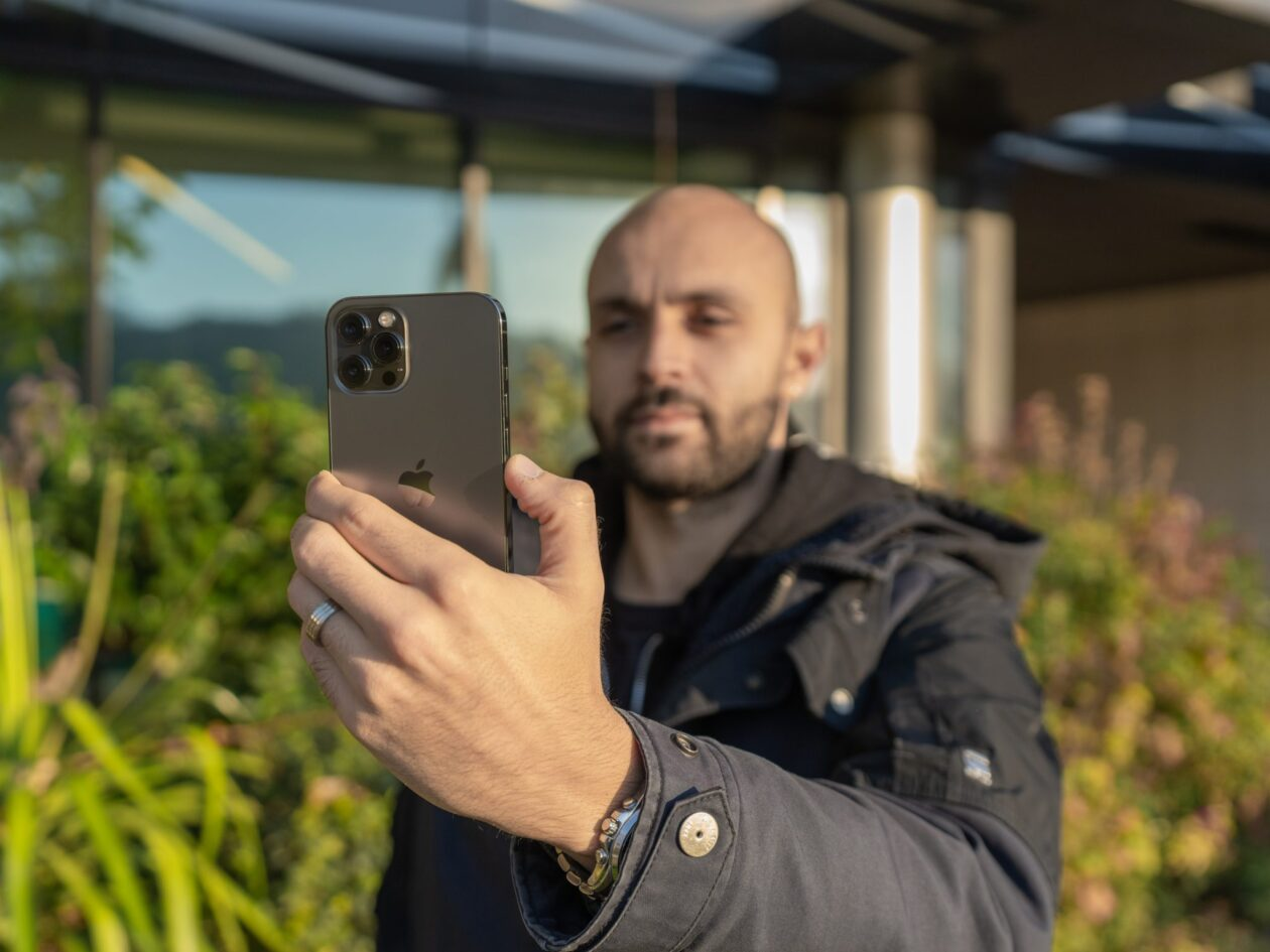 DXOMARK testando áudio do iPhone 12 Pro Max