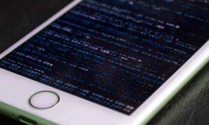 iPhone sendo hackeado