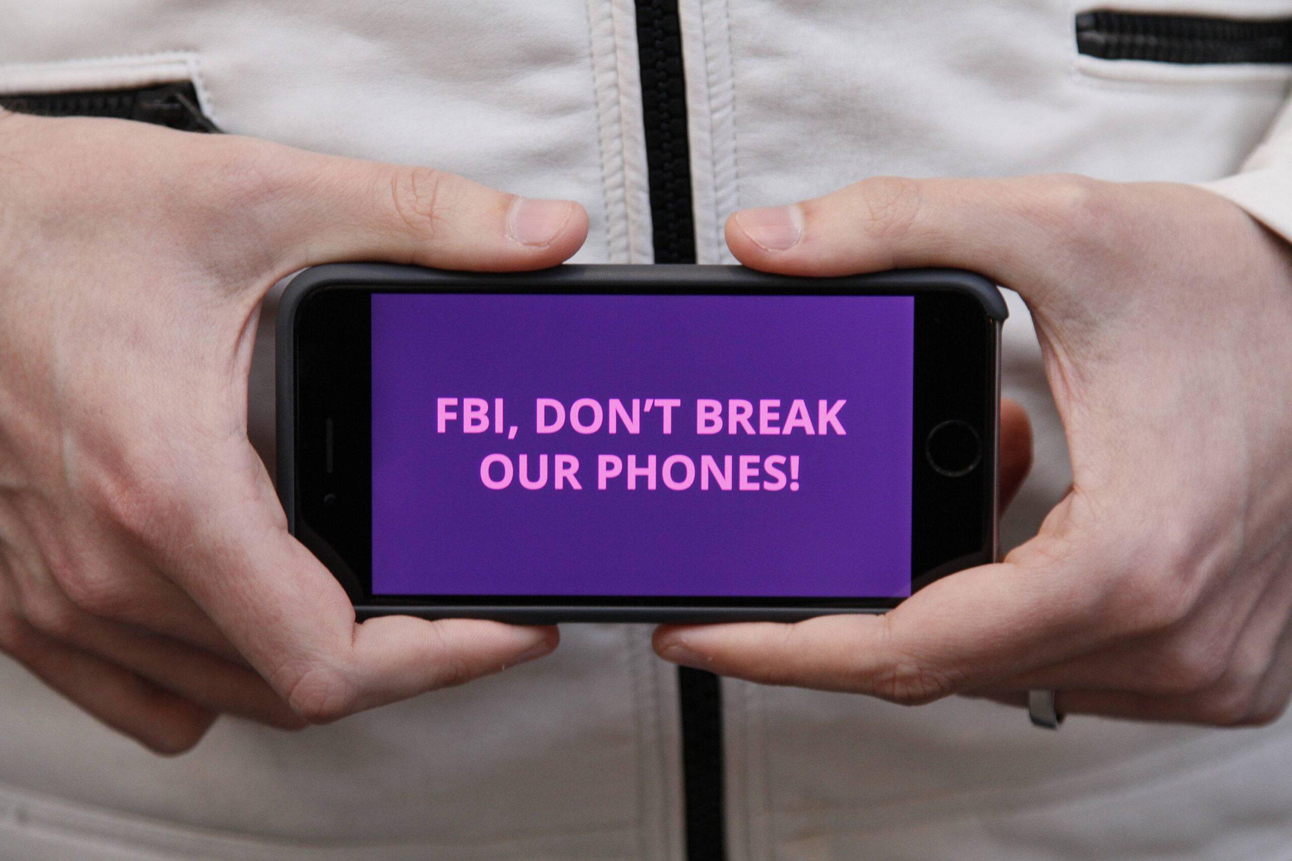 Alerta contra o FBI no iPhone