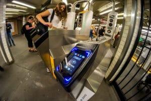 Estação de metrô OMNY em Nova York