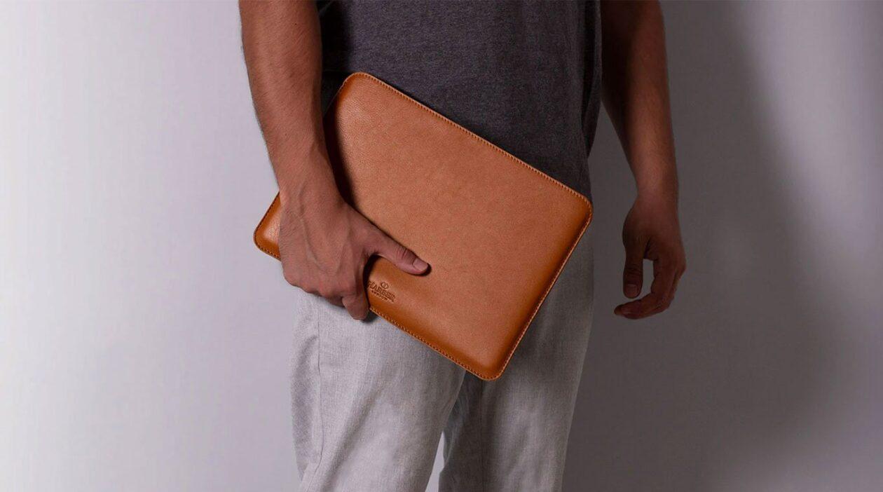 Slim Leather MacBook Sleeve Case, da Harber London