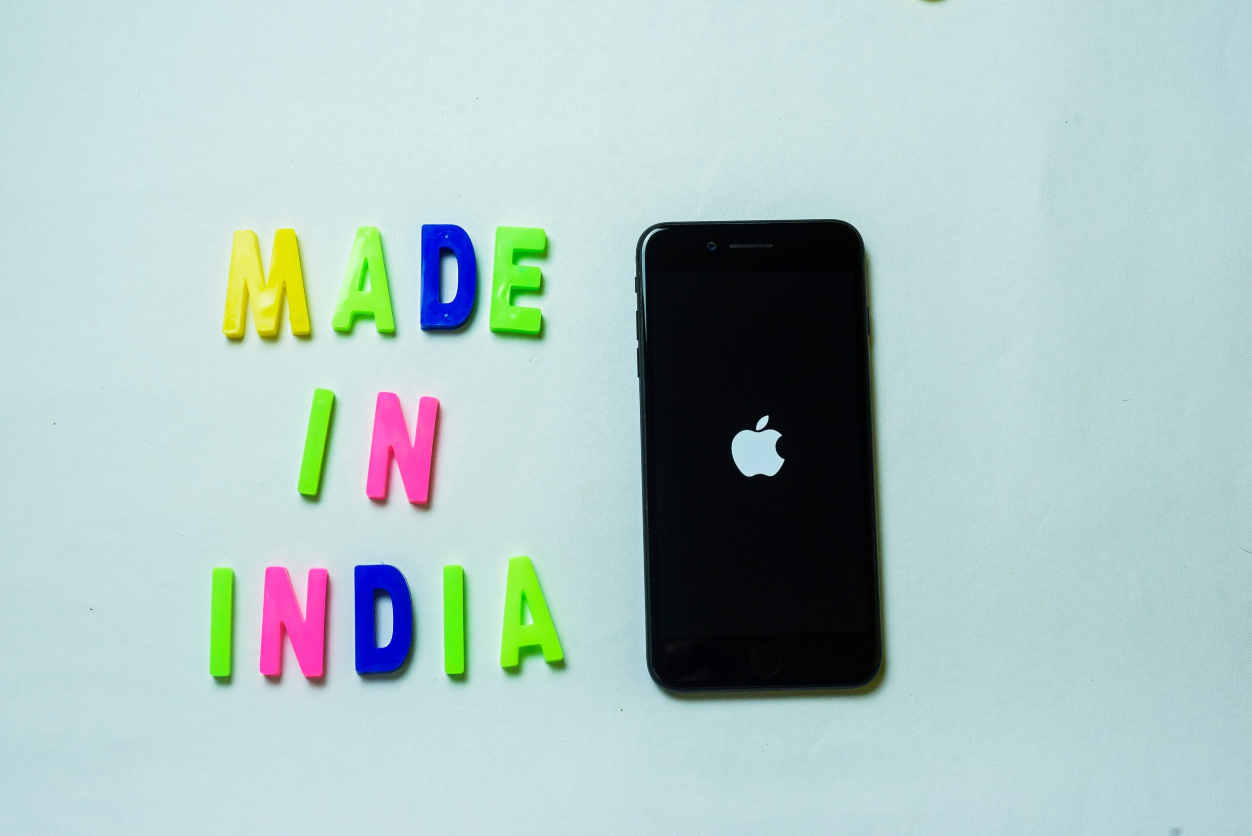 """iPhone """"Made in India"""""""