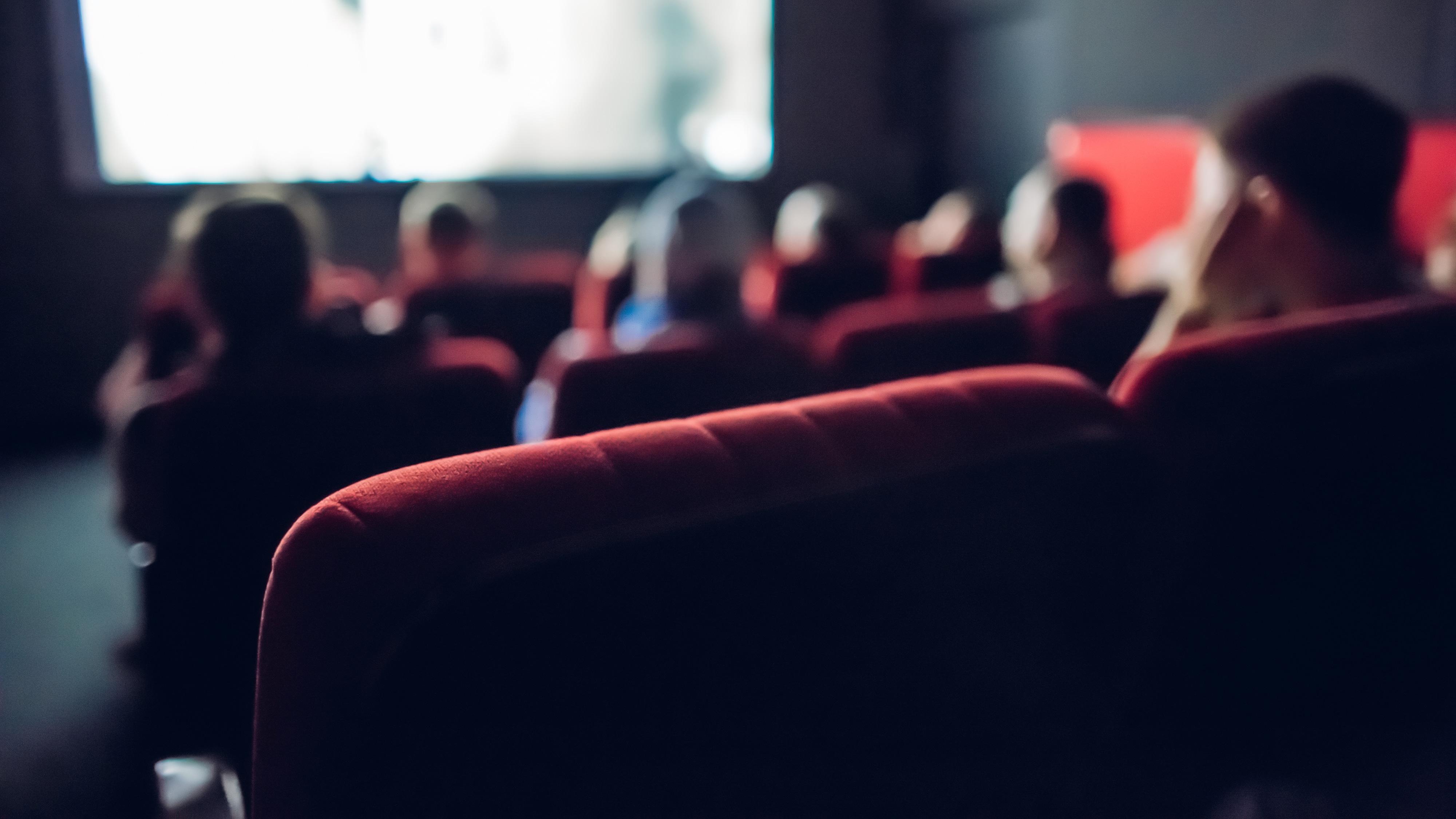 Sala de cinema pequena