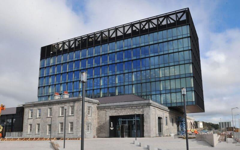 Quay HQ em Cork
