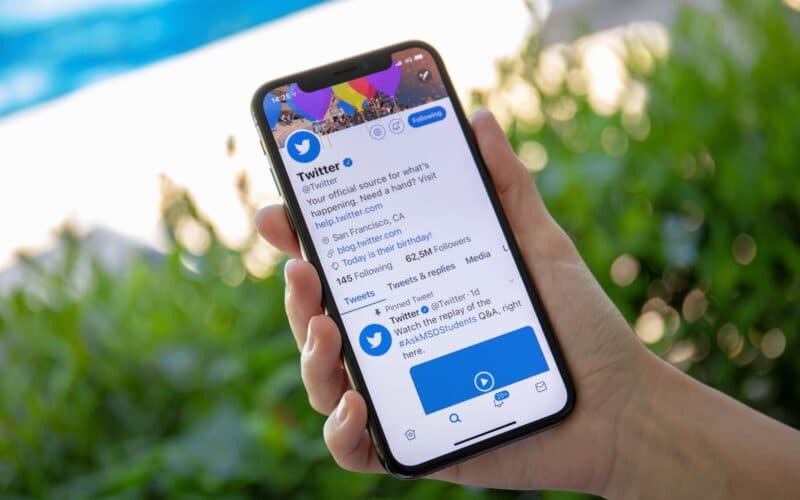 App do Twitter em iPhone X