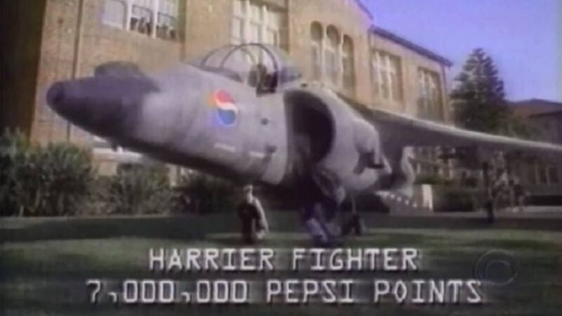 """Campanha da Pepsi retratada na série """"The Jet"""", do Apple TV+"""