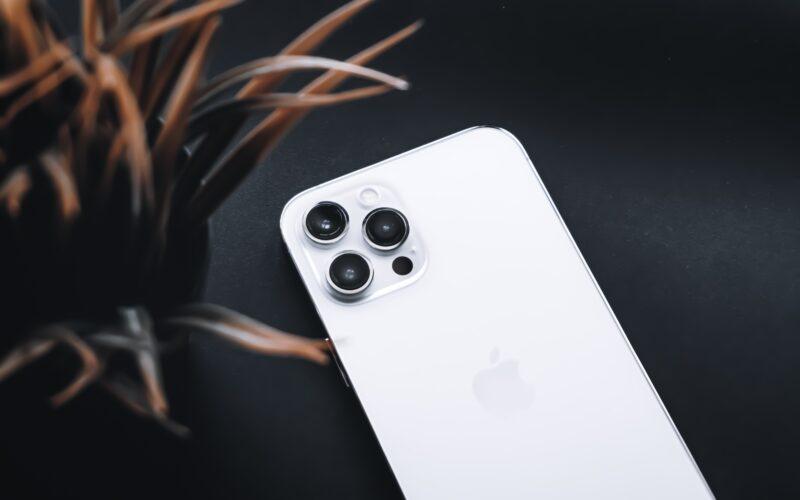 iPhone 12 Pro prateado