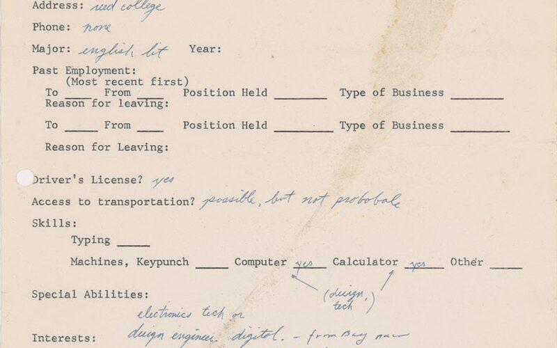 Formulário de emprego preenchido por Steve Jobs em 1973