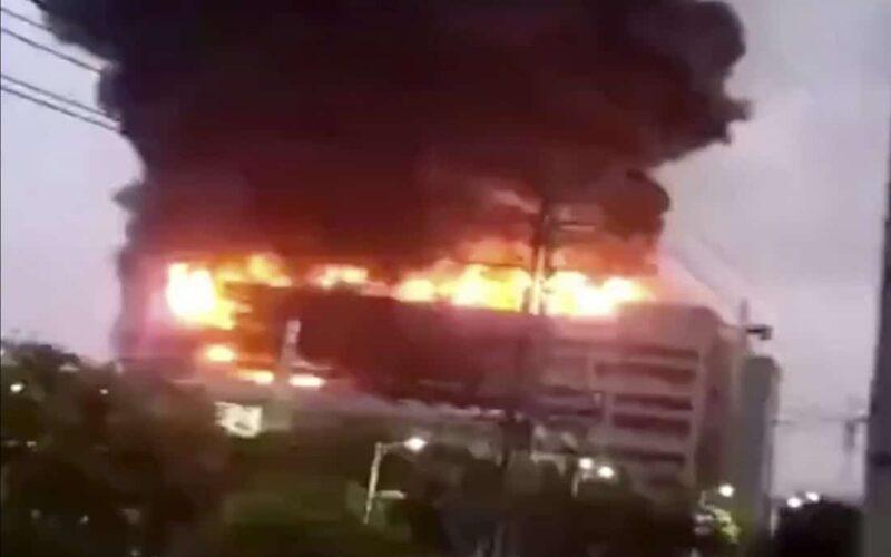 Incêndio em fábrica na China