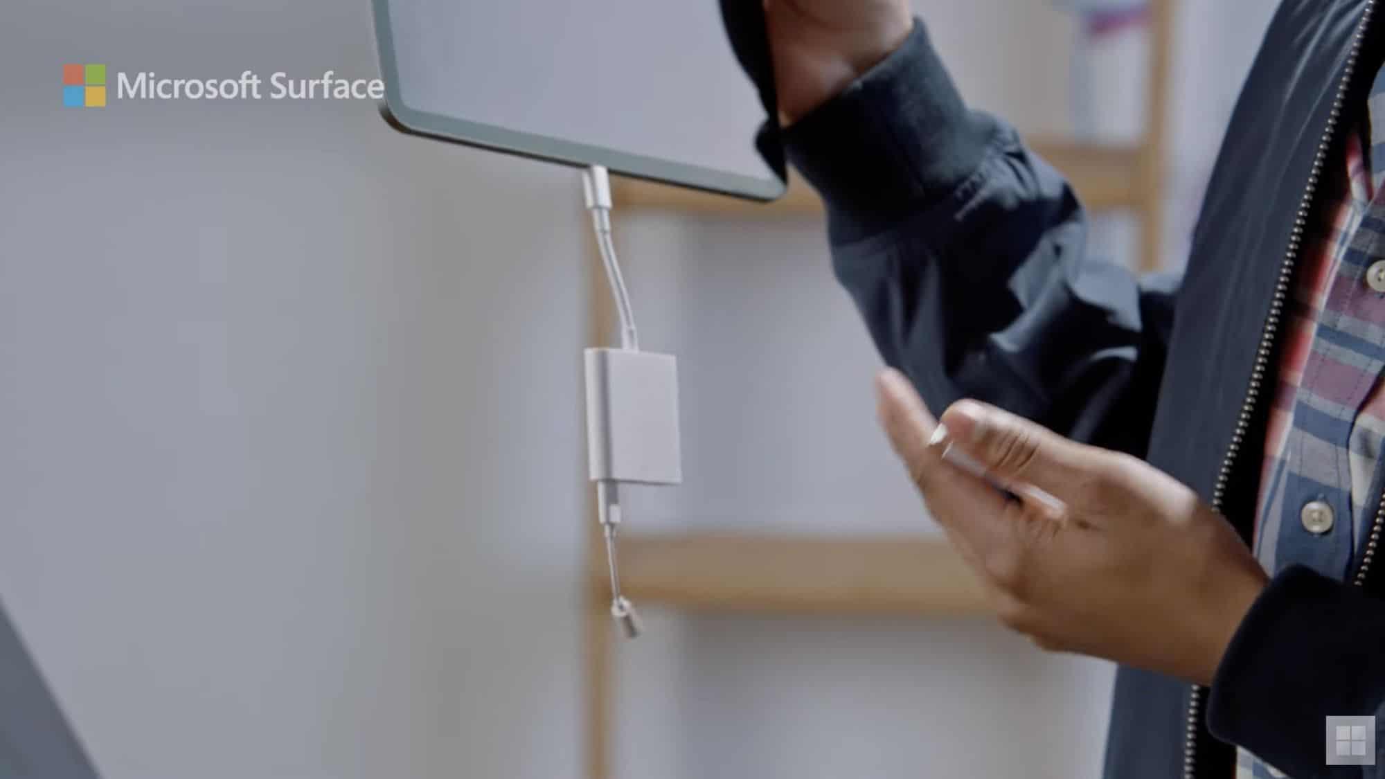 Comercial da Microsoft comparando o Surface Pro 7 com o iPad Pro