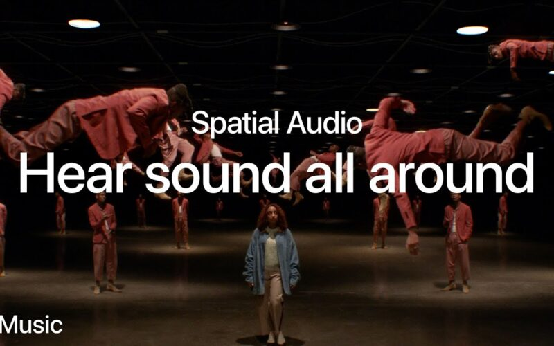 Comercial do Apple Music promovendo o Áudio Espacial