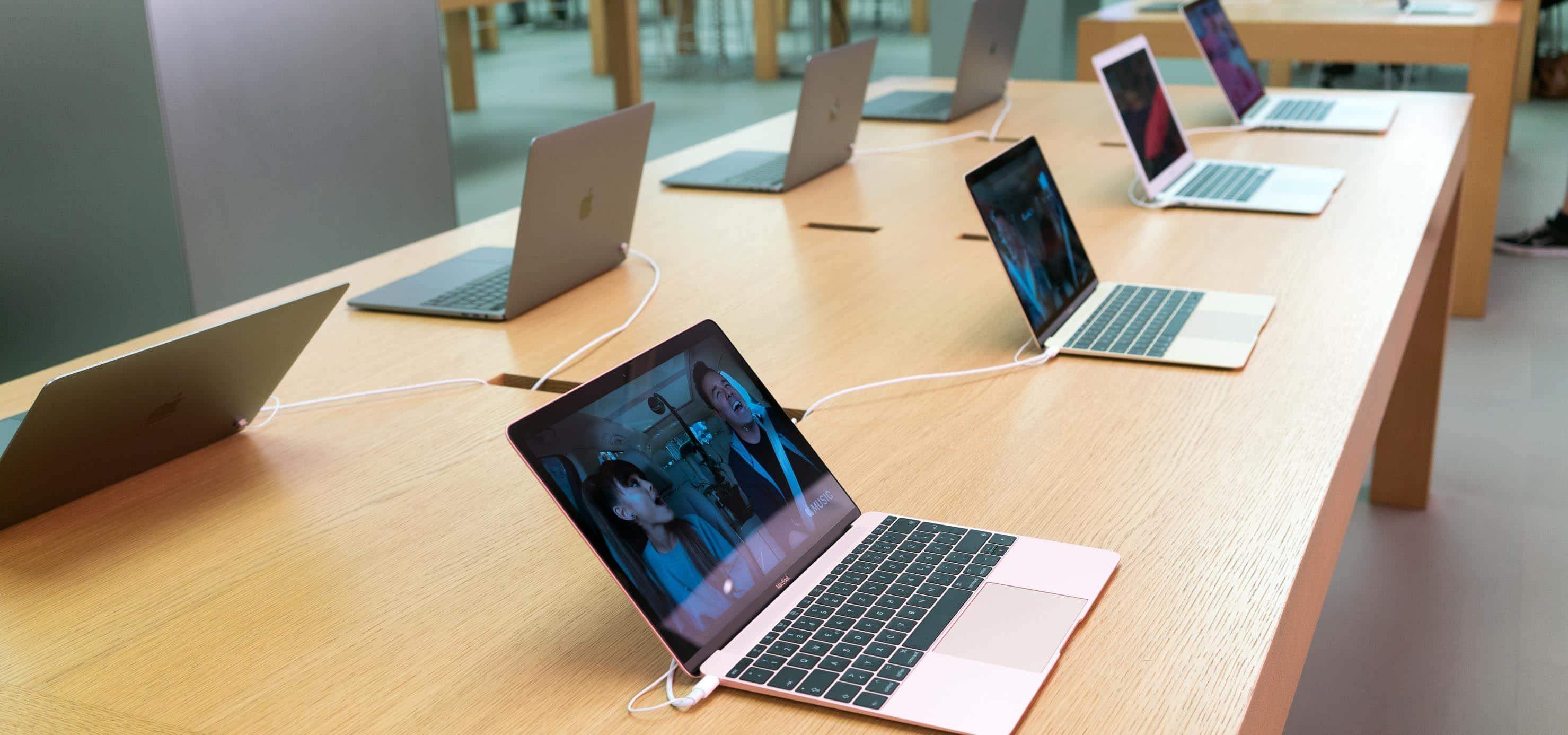 MacBooks em loja da Apple na Alemanha