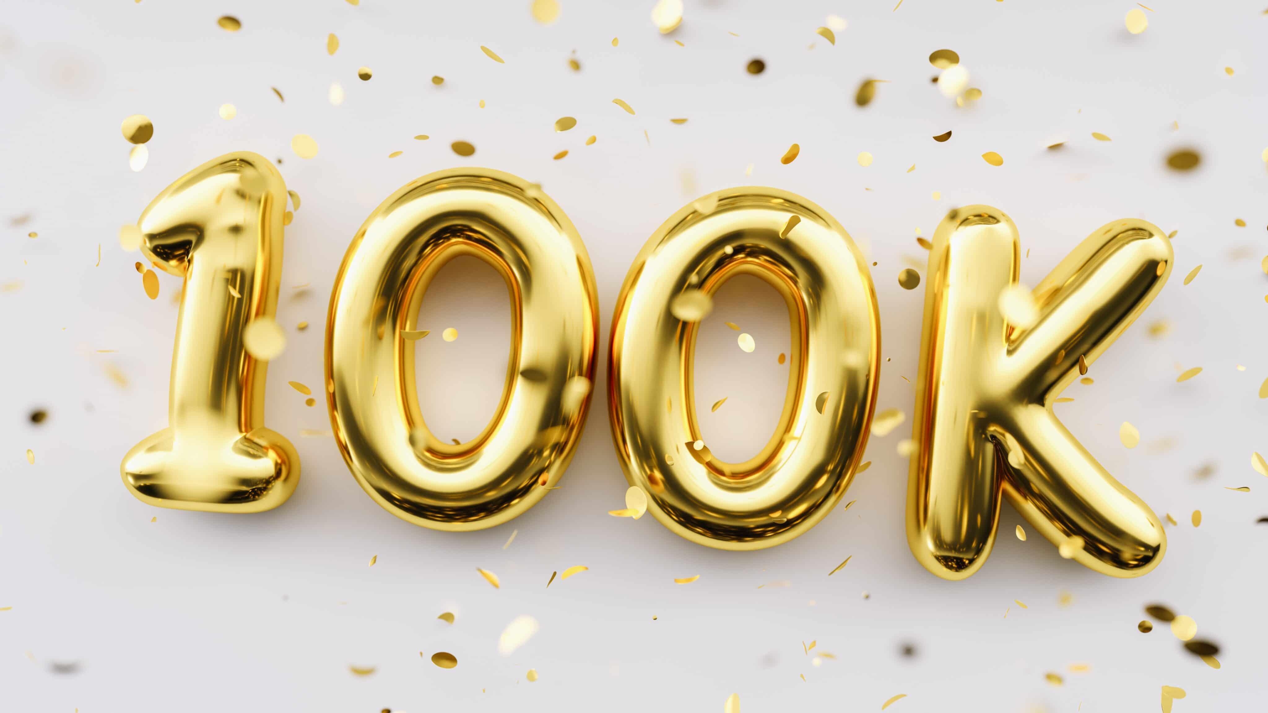 100K (balões comemorando 100 mil)