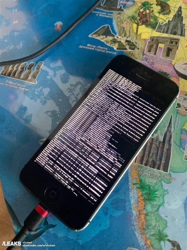 Hackers conseguem instalar MIUI 11 em iPhone SE de primeira geração