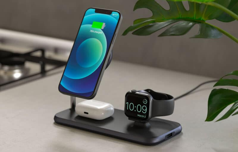 Zens 4-in-1 Magnetic Wireless Charger