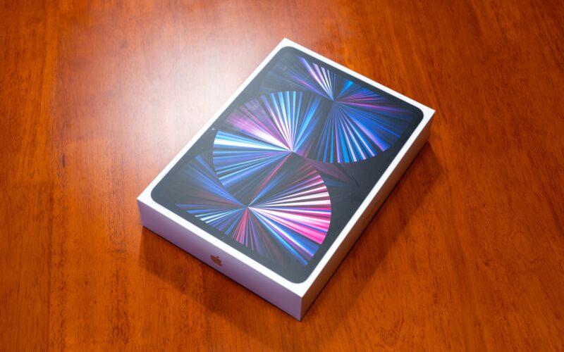 iPad Pro na caixa