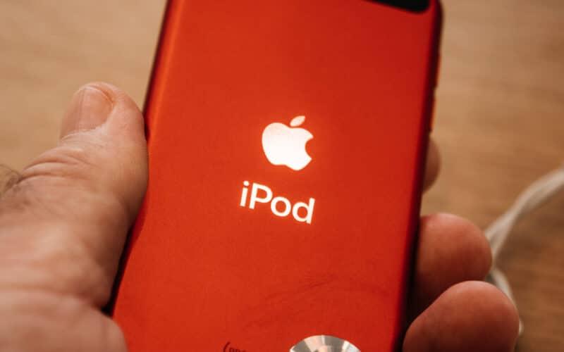 Visão traseira de um iPod Touch