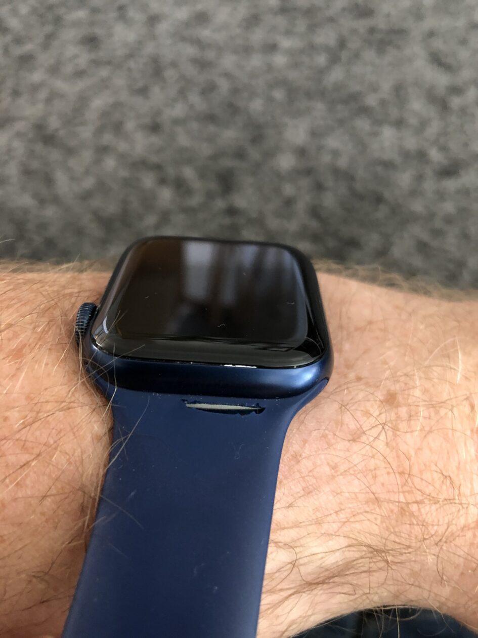 Corte na pulseira loop solo