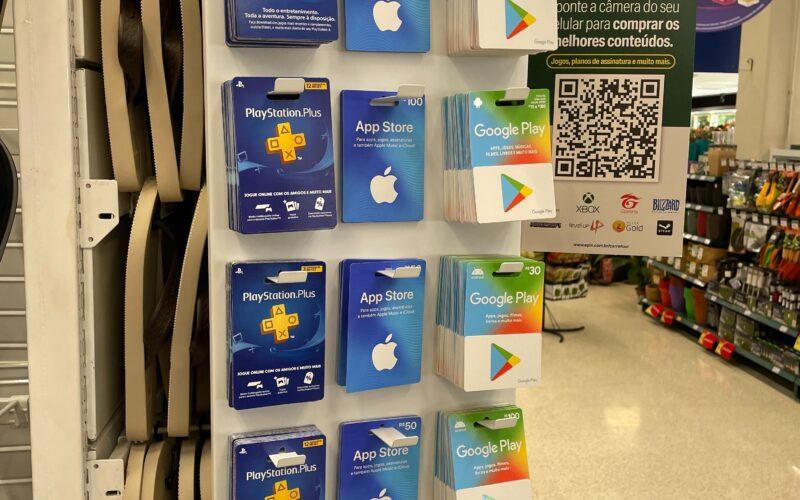 Cartões-presente da Apple à venda no Carrefour
